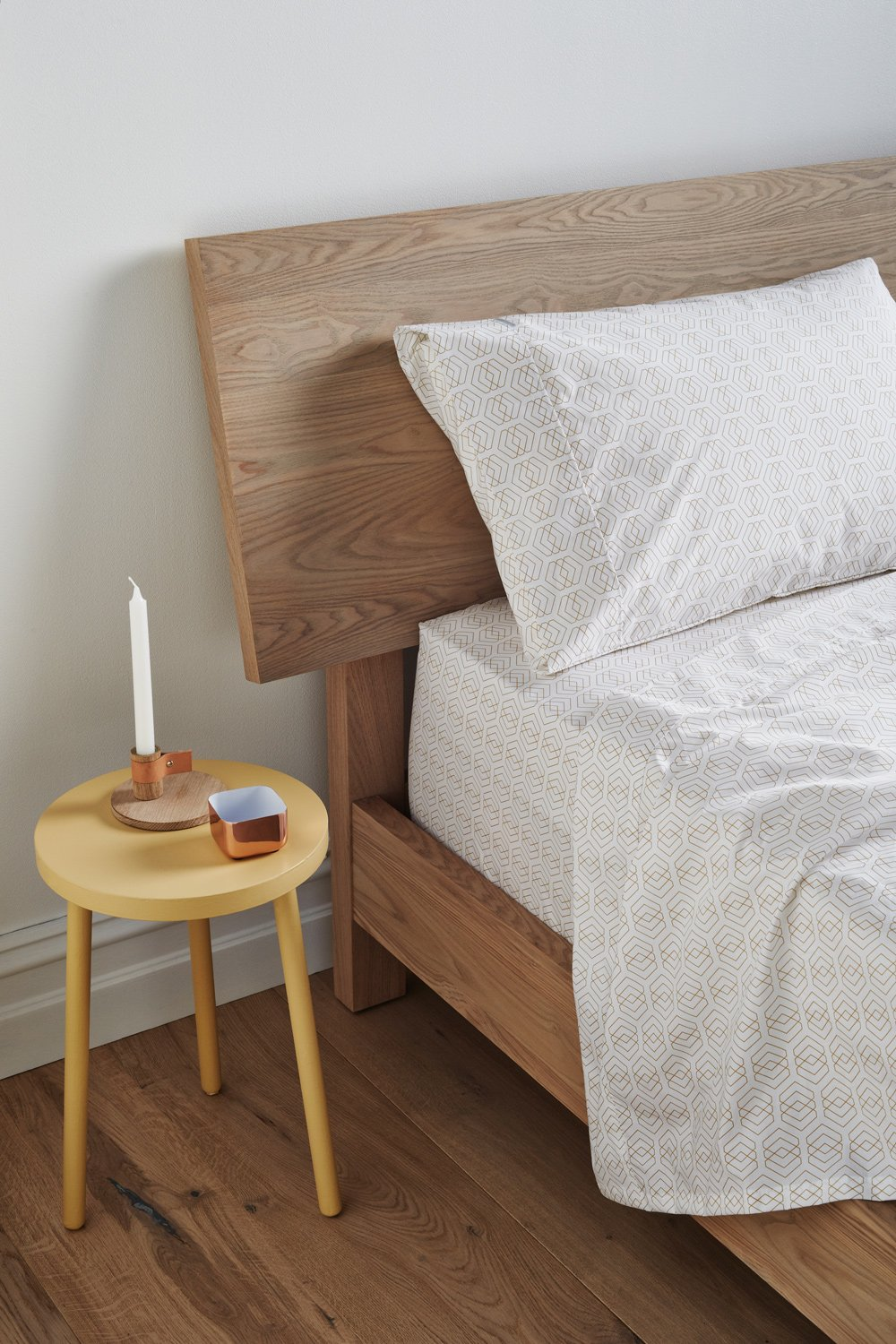 Flat+Fitted_Melody_Sheet-Set_Bedside_LowRes