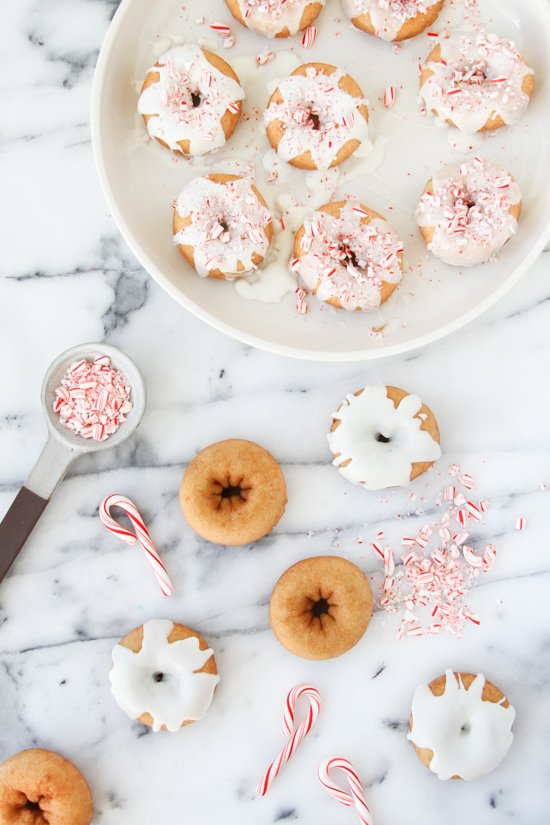 christmas-candy-cane-cake-donuts-recipe-3