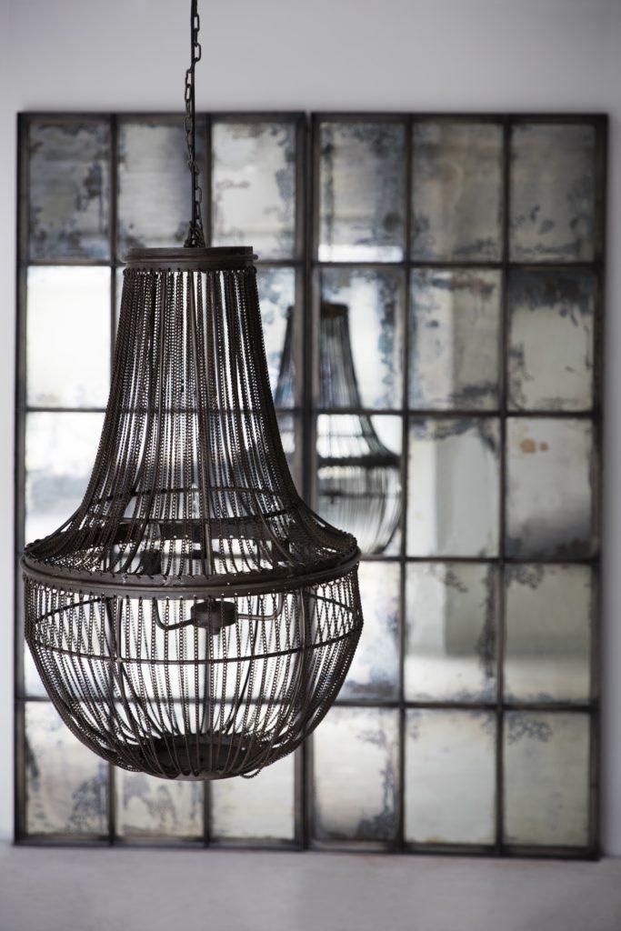 iron-chandelier-hr1
