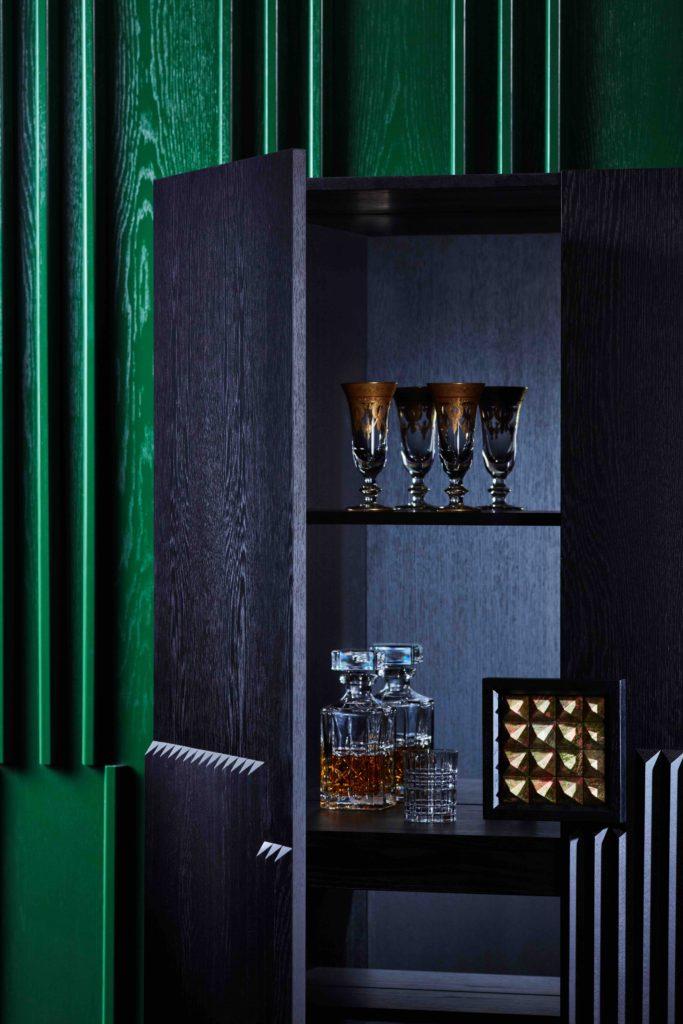 lr Zuster Embellish Cocktail Detail