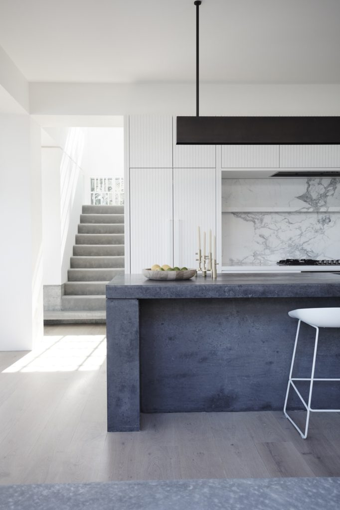 clovelly-house-ii-madeleine-blanchfield-dpages-5