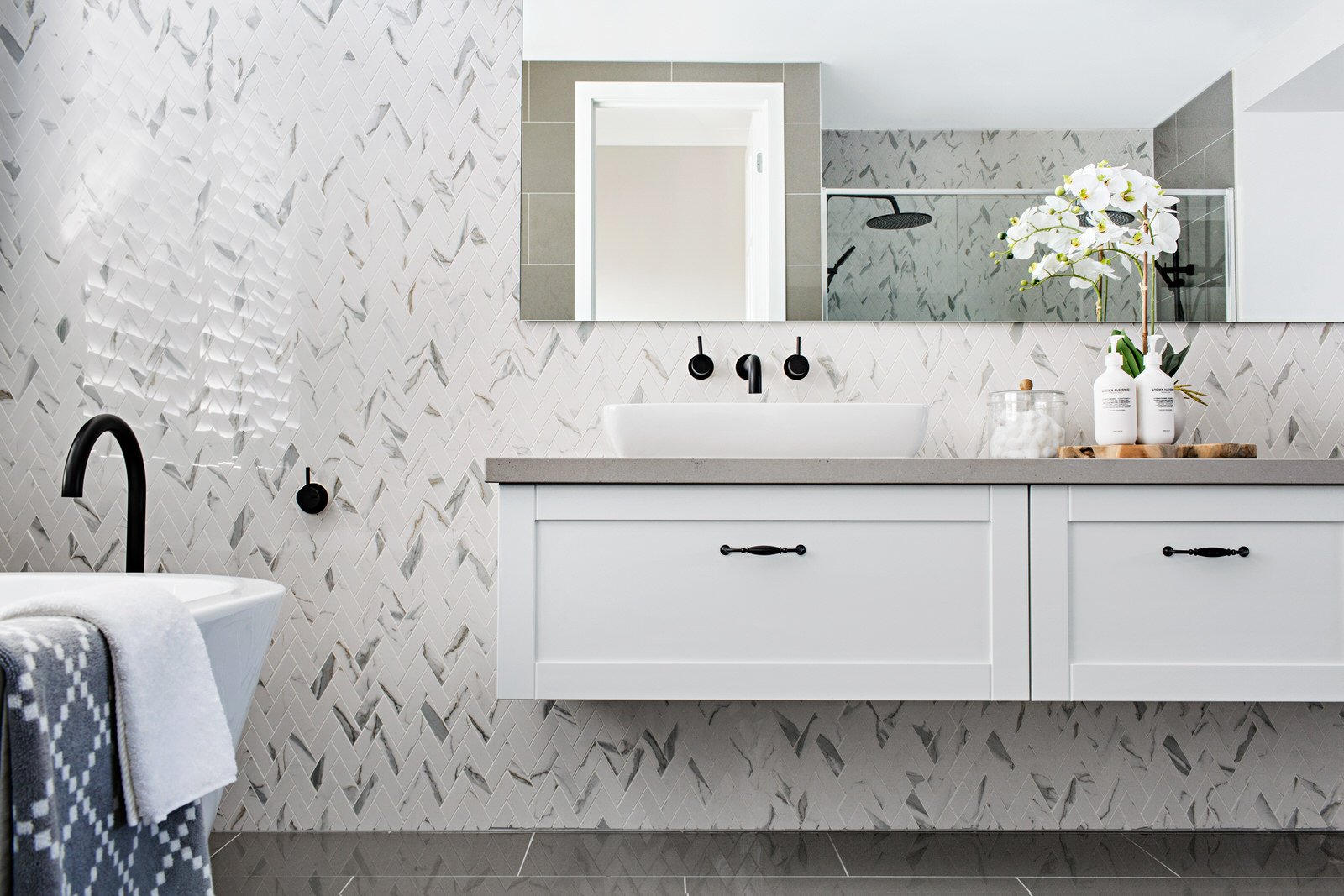 Three bathroom trends, as presented by Metricon - Get In ...